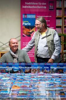 Verleger Peter Rump (r.) und Herausgeber Klaus Werner